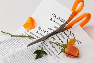 "Is a ""good divorce"" possible? – we explore the different types of divorce process options available."